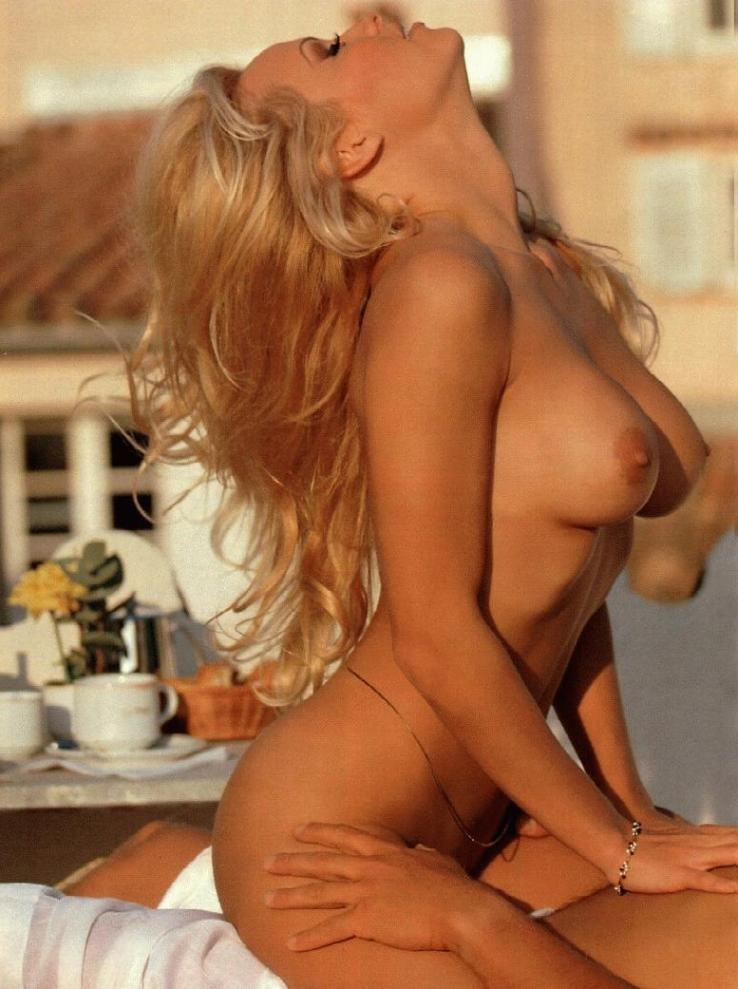 Mira el video porno de pam anderson